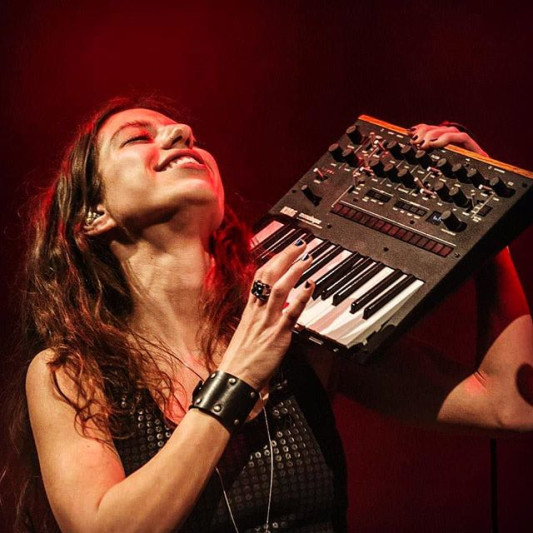 Sharon Mansur on SoundBetter