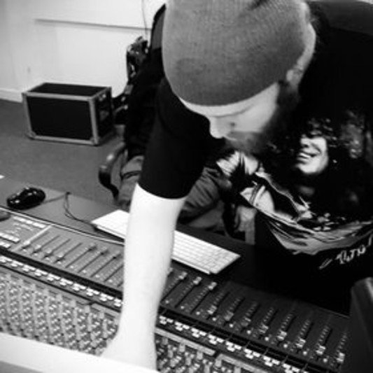 Ross Sloan (Chieftan Records) on SoundBetter