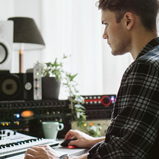 Jakob Erlandson on SoundBetter