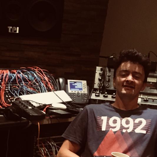 Sebastian Daniel on SoundBetter