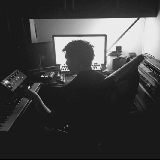 Mockular Studio on SoundBetter