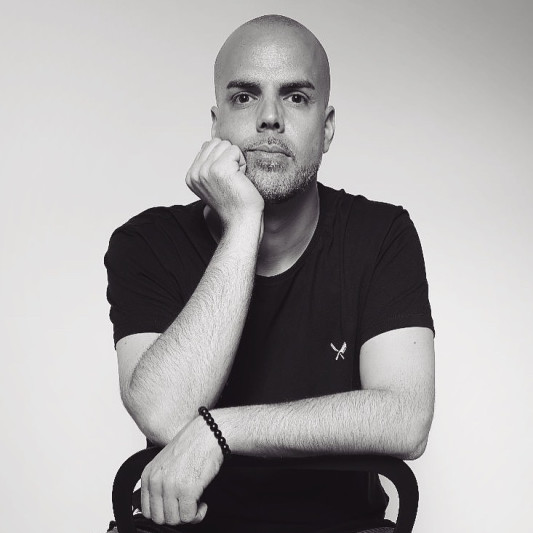 DJ R. on SoundBetter