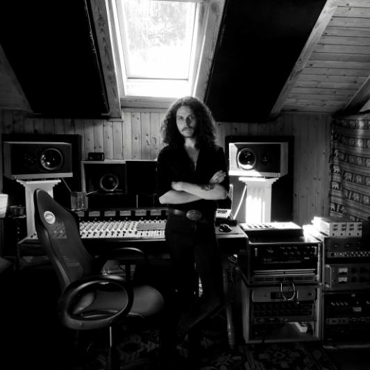 Leonard Vaessen on SoundBetter