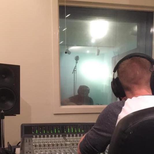 Lloyd Jefferson on SoundBetter