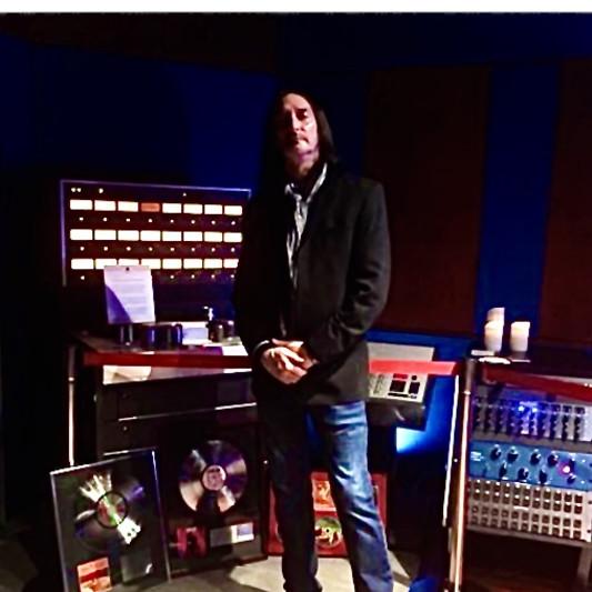 Dave Hillis / HJI Frequencies on SoundBetter
