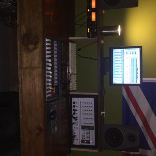 Maple Studios on SoundBetter