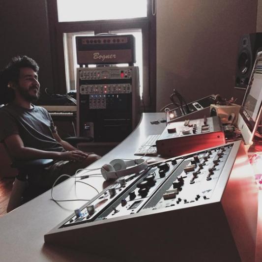 PerroLobo Studio on SoundBetter