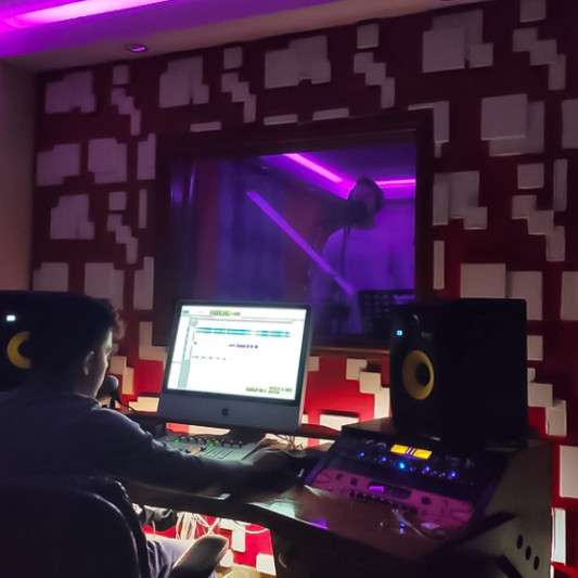 Jordan Paul on SoundBetter