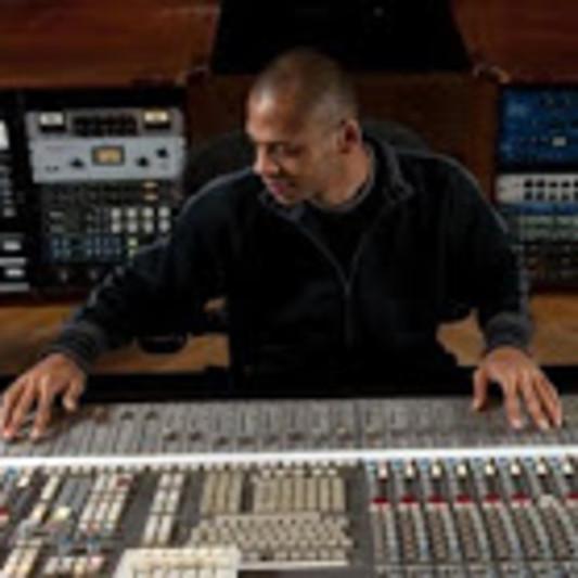 "Miguel ""Macgyver"" Scott on SoundBetter"