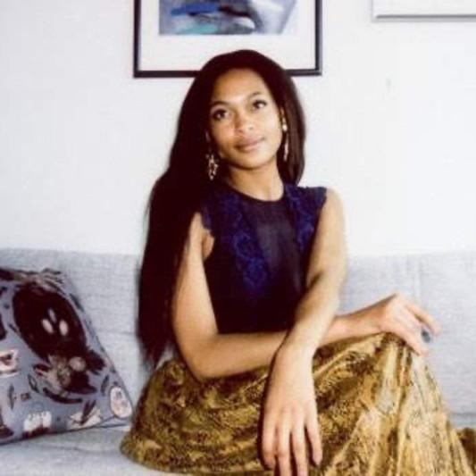 Stella Lux on SoundBetter