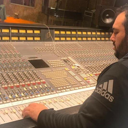 Giannis Baxevanis on SoundBetter