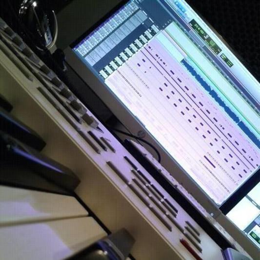 Heliognr on SoundBetter