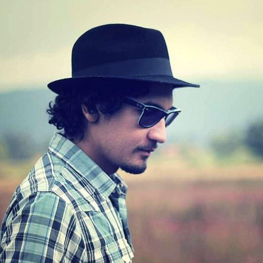Chey Velasquez on SoundBetter