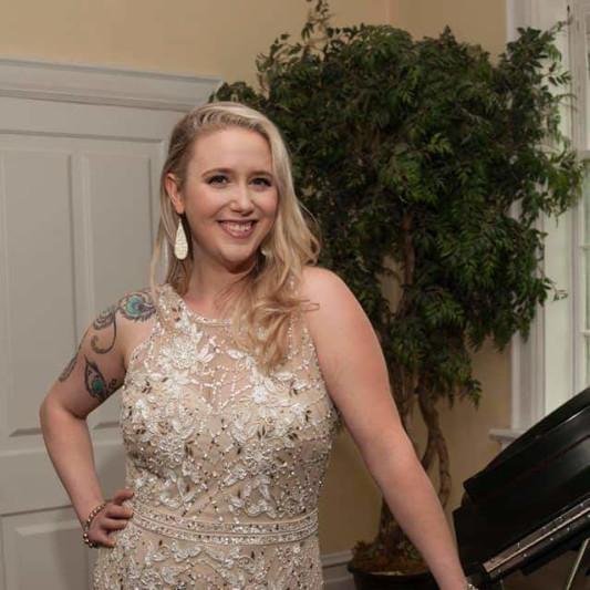 Liza Oliver - Vocalist on SoundBetter