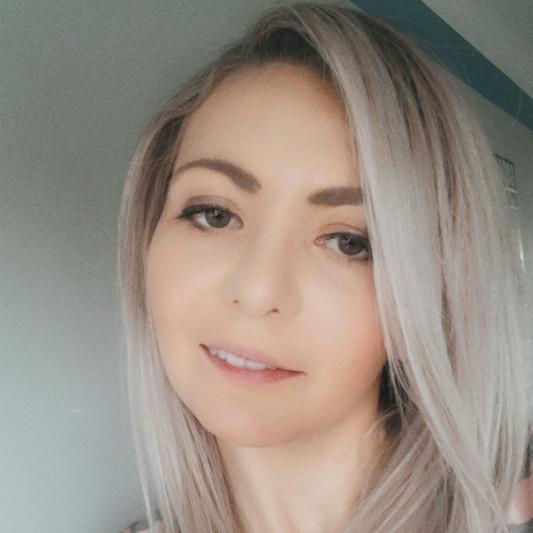 IlonaCanvasEditor on SoundBetter