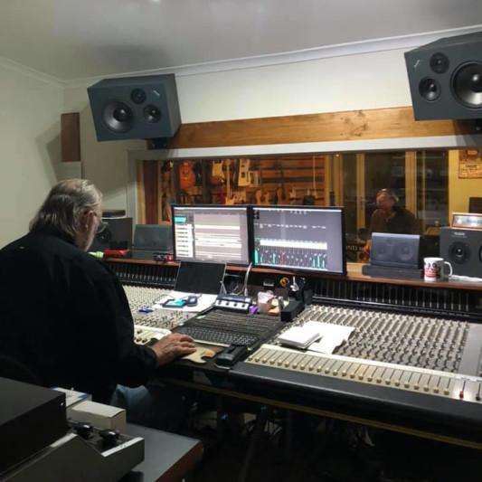 Stockport Sound Studio on SoundBetter