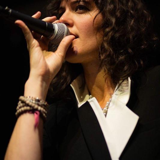 Andrea Dee on SoundBetter