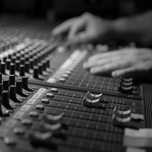 Paulo Machado on SoundBetter