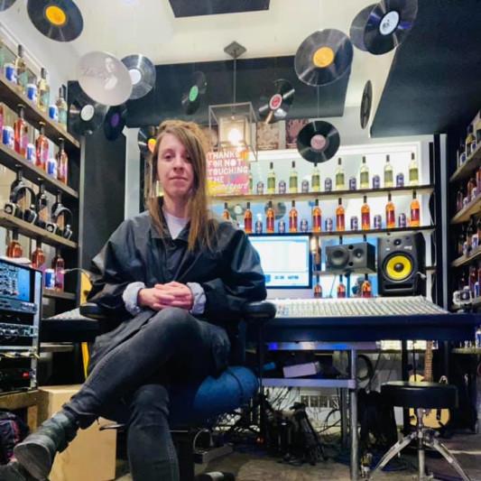 Rachel Geek on SoundBetter