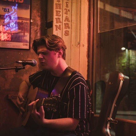 Thomas Barrie on SoundBetter