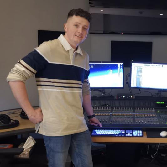 Dylan Kelly on SoundBetter