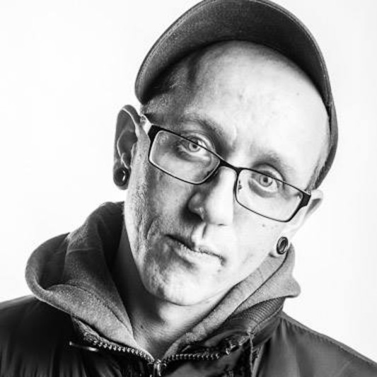 Dominic Vos on SoundBetter