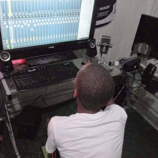 Lil jr on SoundBetter