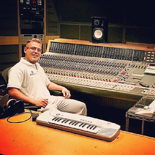 Angelo Producer on SoundBetter