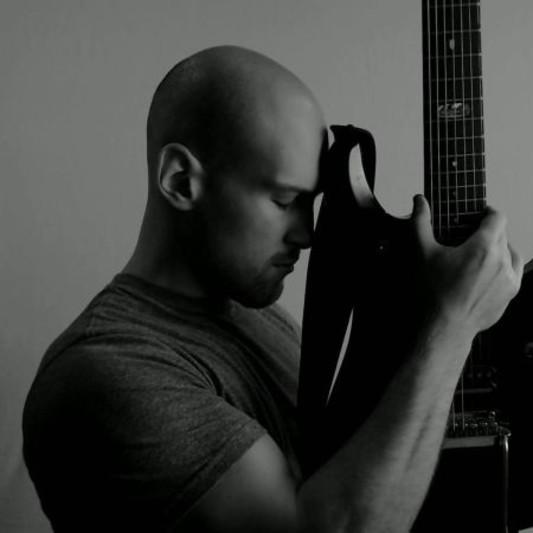 Alex Raykin on SoundBetter