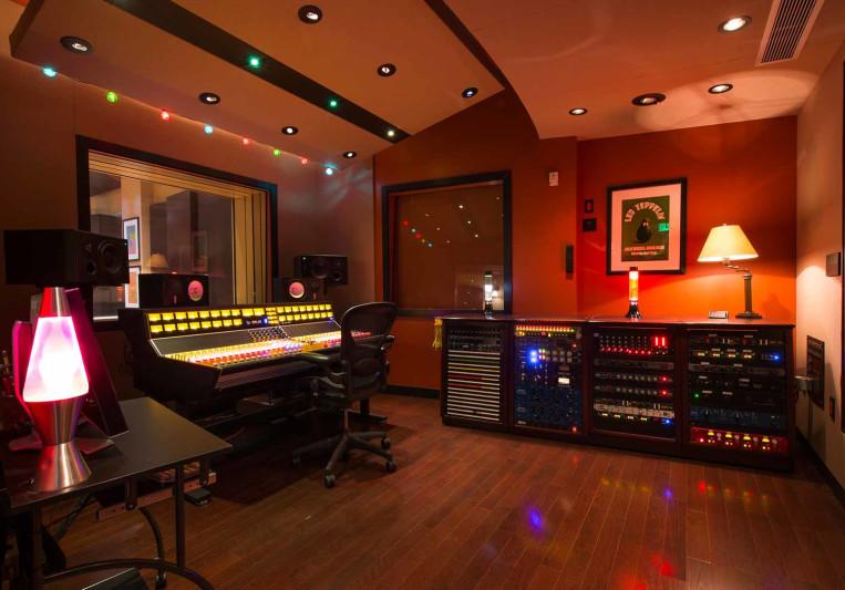 Studio Trilogy on SoundBetter
