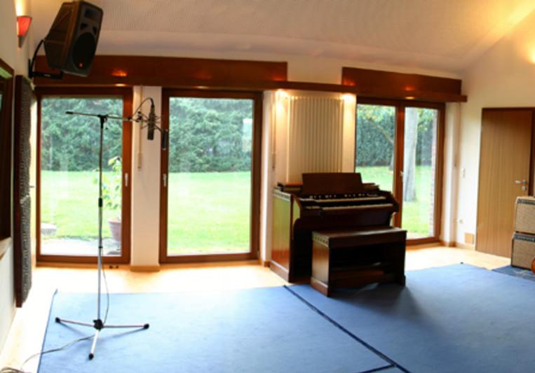 Fox Music Company on SoundBetter