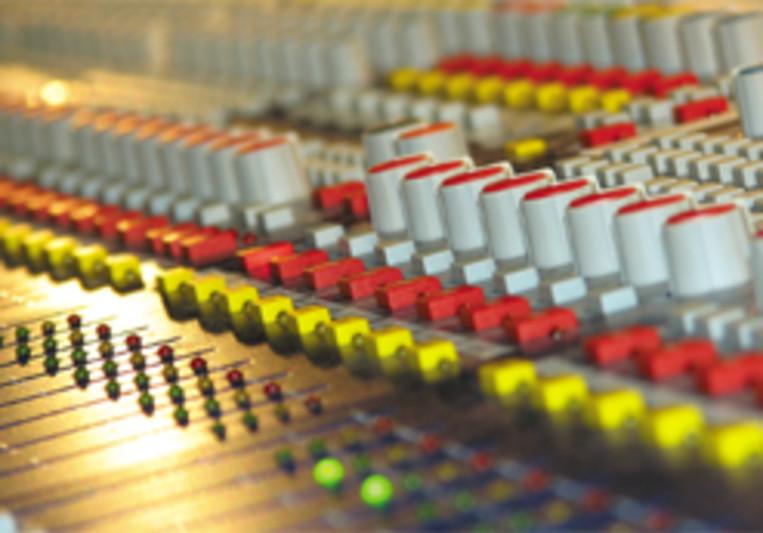 Wolfram Kleiner Musikproduktion on SoundBetter