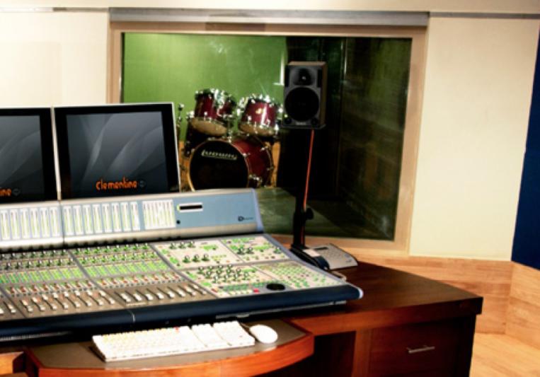 Clementine Studio on SoundBetter
