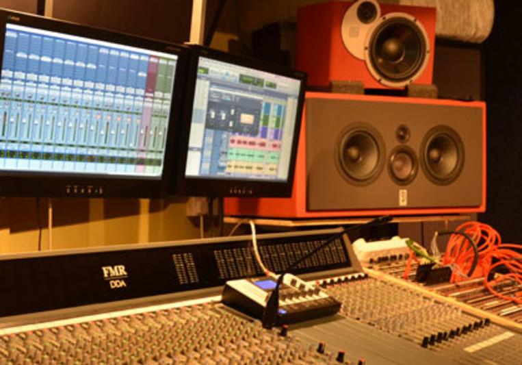 Max Hodges on SoundBetter