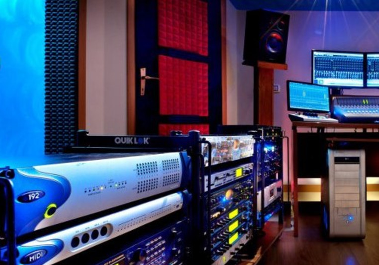 Roberto Savelli - OroVivo Recordings & Mastering Facility on SoundBetter