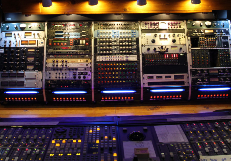 Pixel Room on SoundBetter