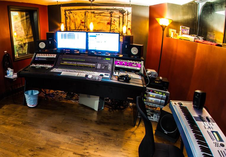 Keep The Edge Studios on SoundBetter