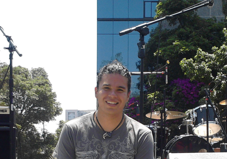 Carlos Martinez on SoundBetter