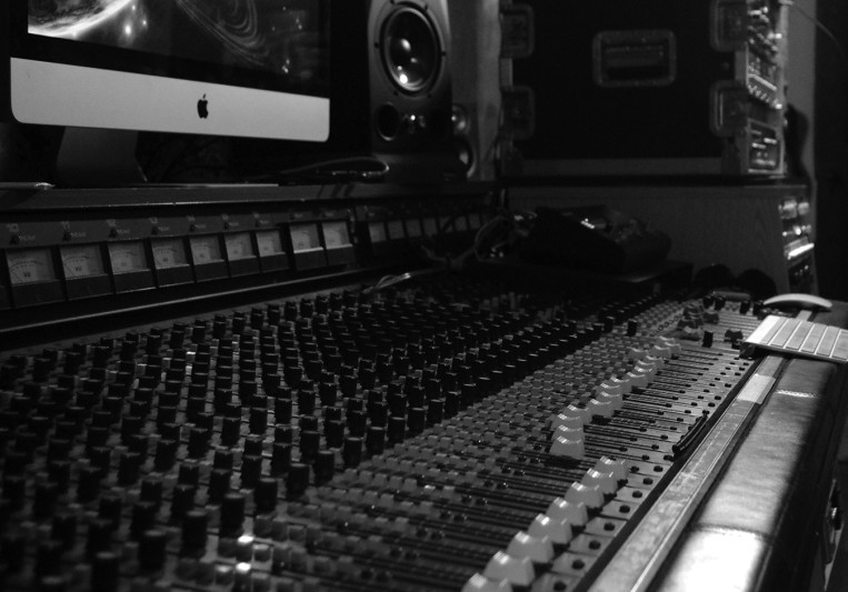 Anthony Molina - White Light on SoundBetter