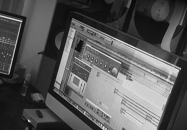 Charlie Munro on SoundBetter