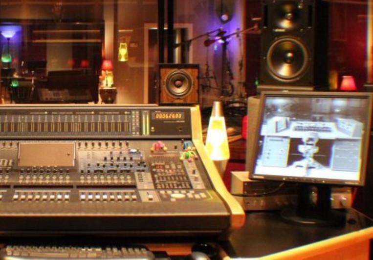 Alan Johnson / The Static Shack on SoundBetter