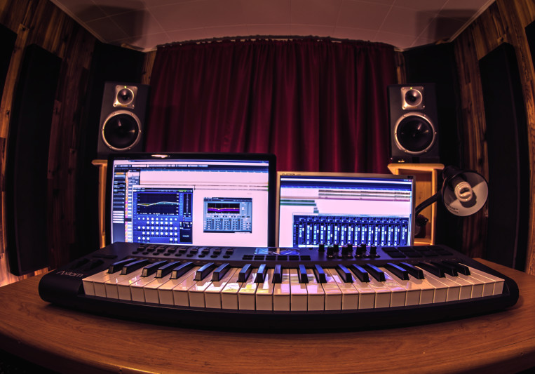 Dave Gagné of Studio drakkar Blindé on SoundBetter