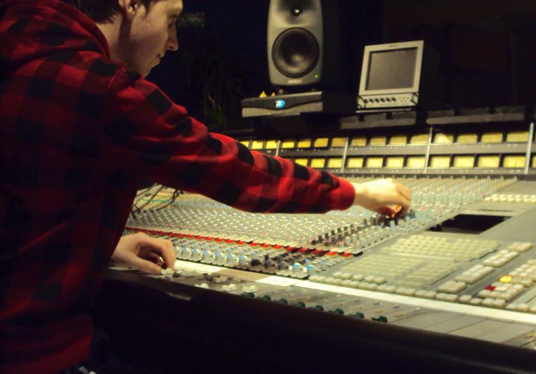Mockie on SoundBetter