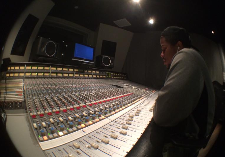 Yan-Law on SoundBetter