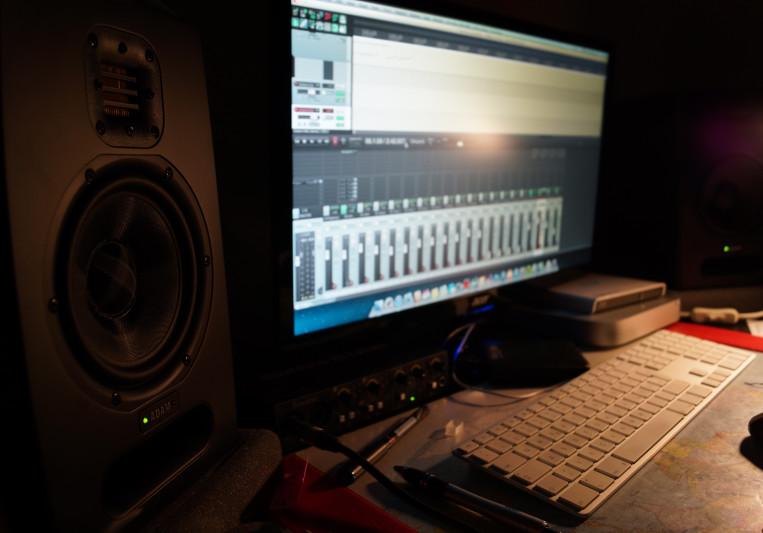 Amateur.PRODUCTIONS on SoundBetter