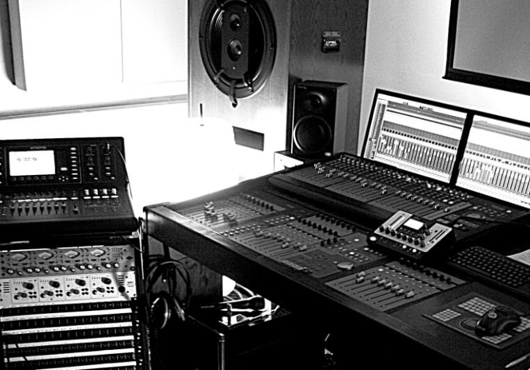 Studio Mondbasis on SoundBetter