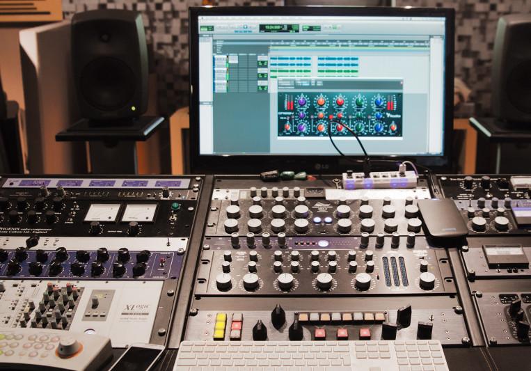 Tommy Bianchi on SoundBetter