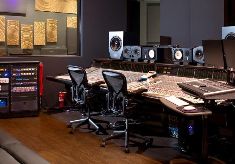 Hybrid Studios on SoundBetter