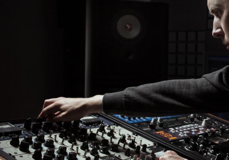Frederik Dejongh on SoundBetter
