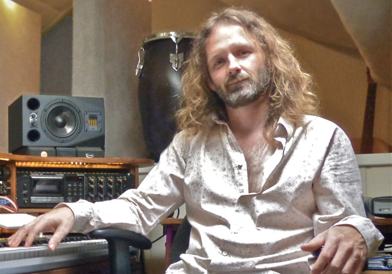 Awake Music (Iain Petrie) on SoundBetter